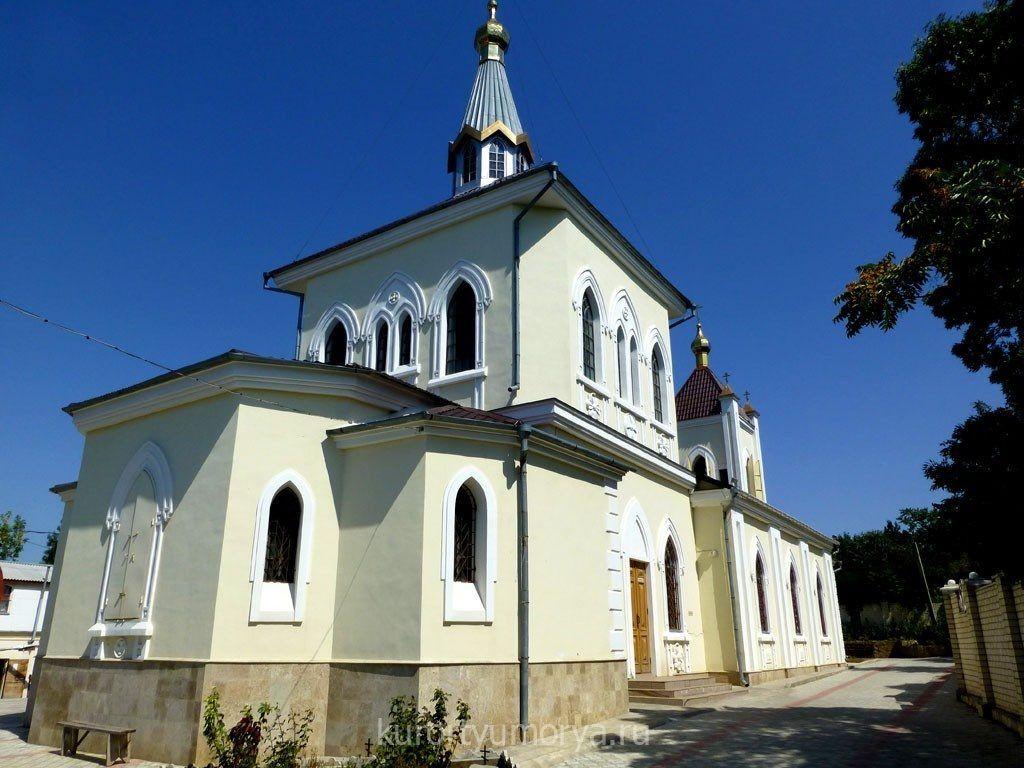 Введенская церковь в Феодосии - Фото 3